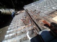 屋根、補修前2